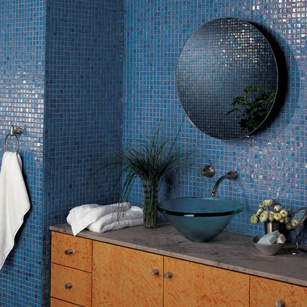blue-tile-bath